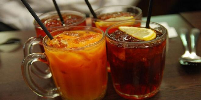 من بينها عصير الفواكه.. 5 مشروبات تدمر جسمك