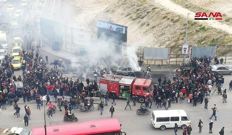 إخماد حريق اندلع في سيارة بحي البرامكة في دمشق