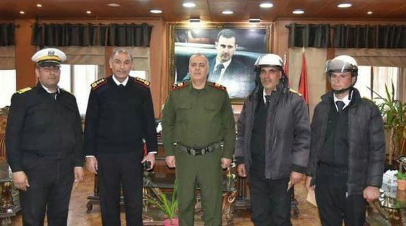 عناصر من شرطة المرور يقبضون على لصين بالجرم المشهود في حمص