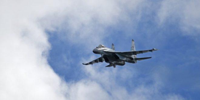 المقاتلات الروسية تقصف عدة أهداف شرق الرقة