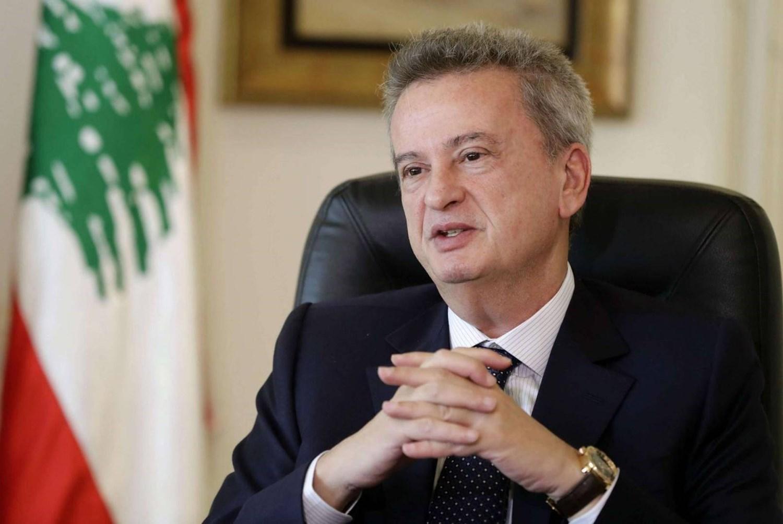 """حاكم مصرف لبنان يبتكر وسيلة جديدة لـ""""تشليح"""" اللاجئين السوريين أموال مساعداتهم"""