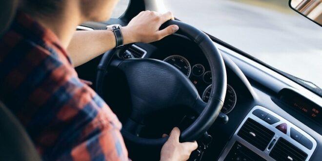 حذار من هذه الأخطاء عند ركن السيارة!