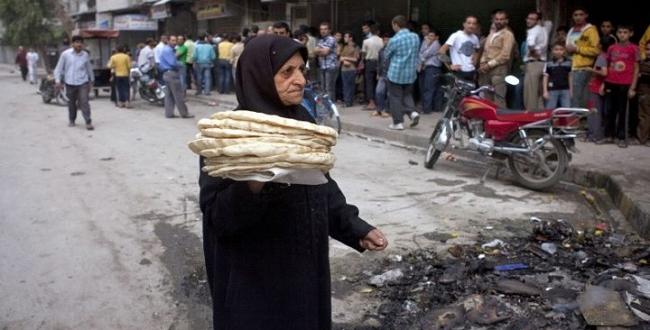 7 ساعات من أجل 7 أرغفة من أحد أفران دمشق