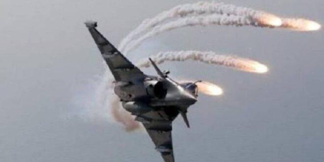 بموافقة بايدن.. طائرات أمريكية تقصف مواقع حليفة للجيش السوري شرق سوريا