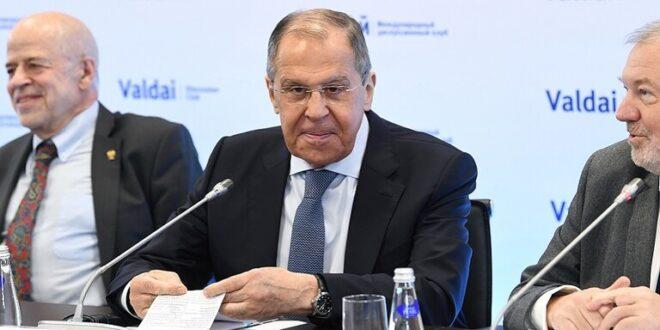 """لافروف يتحدث عن تطورات جديدة.. الجولة المقبلة لاجتماعات """"الدستورية السورية"""" ستكون نوعية"""