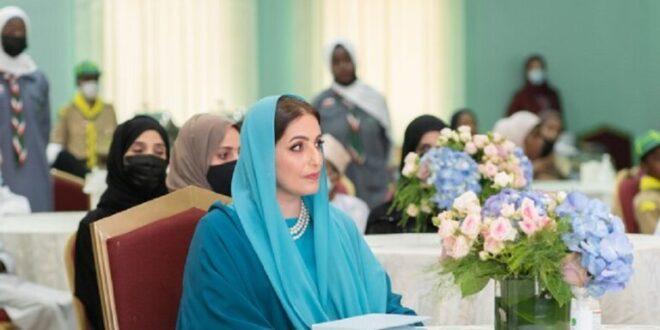 زوجة سلطان عمان تخطف الأنظار في ظهور نادر.. شاهد!