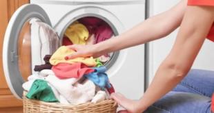 لن تتوقعيها..6 مكونات سحرية ضعيها أثناء غسيل الملابس لتصبح أكثر نظافة