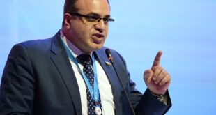 وزير الاقتصاد والتجارة الخارجية الدكتور سامر الخليل
