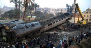 عشرات الضحايا بعد اصطدام قطارين في مصر