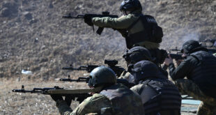 قطع طرق الهروب والقضاء على المسلحين... لقطات من التدريبات الروسية السورية في طرطوس... فيديو