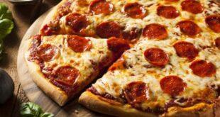 بيتزا يبلغ ثمنها 360 دولاراً.. وهذه مكوناتها