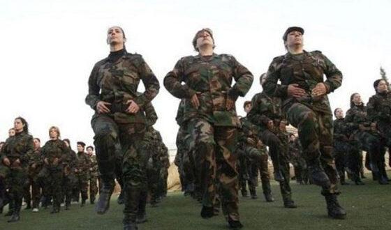 هل تلزم سوريا الفتيات بالخدمة العسكرية