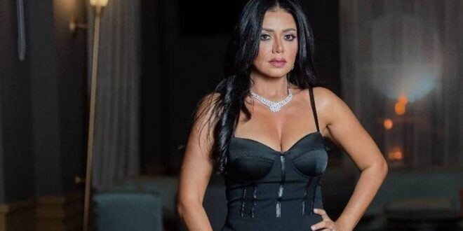 رانيا يوسف في أقوى هجوم على متابع اتهمها بإثارة الغرائز!