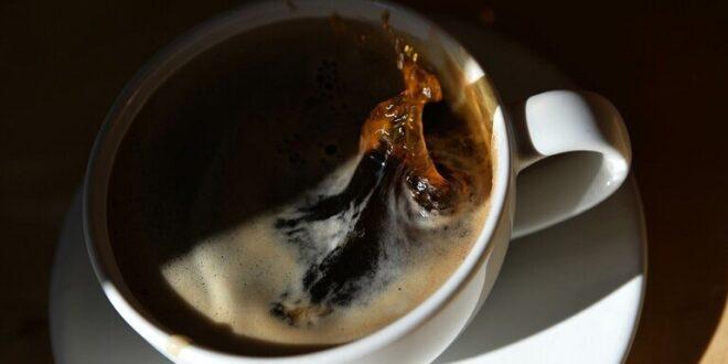 كم فنجان قهوة يمكن أن نشرب في اليوم