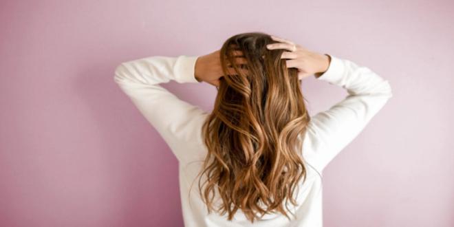 """مشروب شائع """"يمكن"""" أن يمنع الصلع ويزيد نمو الشعر"""