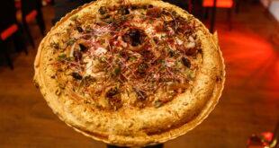مطعم تونسي يصنع أغلى بيتزا في إفريقيا