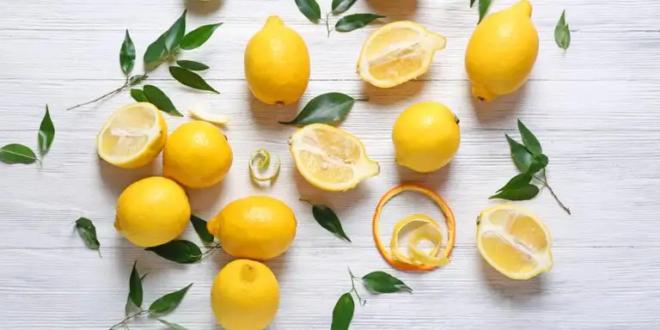 لن ترميها مجدداً.. فوائد خارقة لأكل قشر الليمون على معدة فارغة
