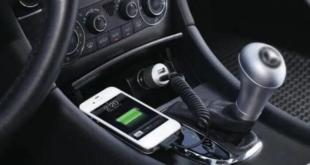 نصائح لك عند شحن هاتفك في السيارة.. تعرف عليها
