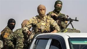 قسد تقتل ثمانية أشخاص من أبناء قبيلة العكيدات شمال دير الزور