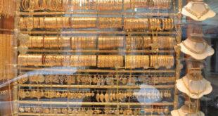 لماذا لم يتراجع الذهب مع انخفاض الدولار