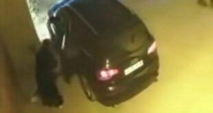 الكاميرات تكشف المتسولة الثرية في سيارتها الفاخرة