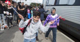 الدنمارك تمنح السوريين العائدين طوعاً 18 إلى 36 ألف دولار