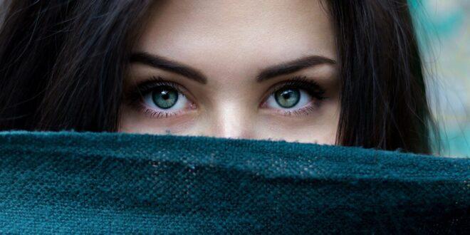 احذر... 5 علامات تظهر في العين بسبب مشاكل صحية بالجسم