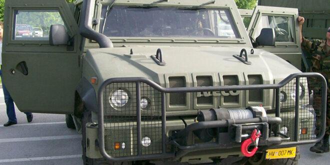 """الكشف عن وجود عربة مدرعة مدججة بالسلاح من نوع """"فيستريل"""" في سوريا"""