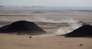 """حادث مروع في سباق """"إكستريم إي"""" لسيارات الدفع الرباعي بالسعودية... فيديو"""