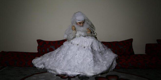 شابة سورية كادت أن تتزوج بأحد محارمها