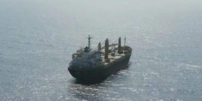 السفينة الإيرانية في البحر الأحمر