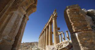 بدء أعمال ترميم قوس النصر الأثري في تدمر