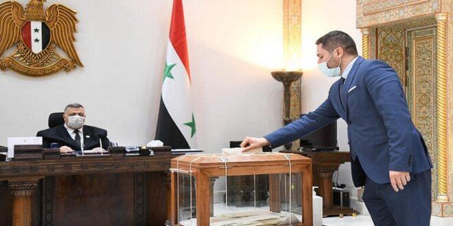طالبي الترشح للانتخابات في سوريا