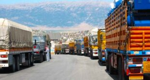 رسوم باهظة وخسائر كبيرة تطال الشاحنات السورية في معبر جابر الأردني