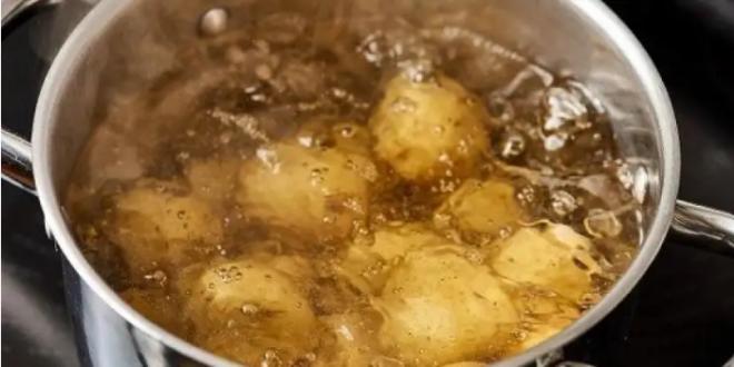 استخدامات رائعة لماء سلق البطاطا