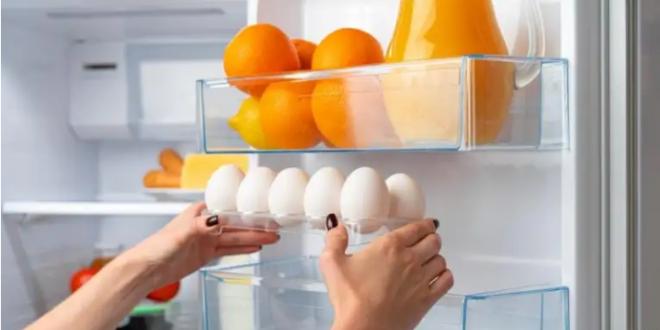 سبب مهم يمنعكم من غسل البيض بعد شرائه