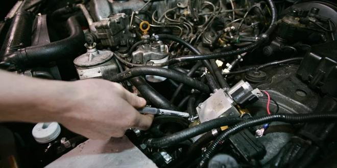 عادة شائعة تتسبب بالقضاء على محرك السيارة