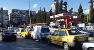 وزارة النفط تعدل آلية توزيع البنزين