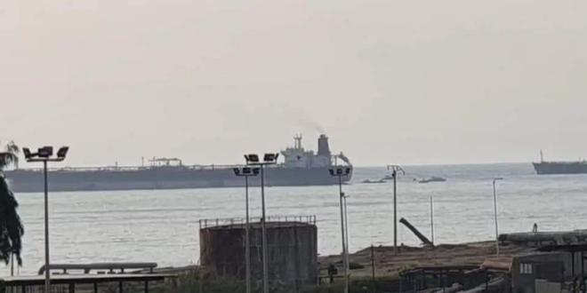 استشهاد ثلاثة عمال في الاعتداء على ناقلة النفط في بانياس