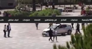 رجل يوقف سائق سيارة متهور بقفزة مذهلة