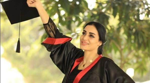 أول فتاة تنال شهادة دكتوراه في الرياضة من جامعة سورية