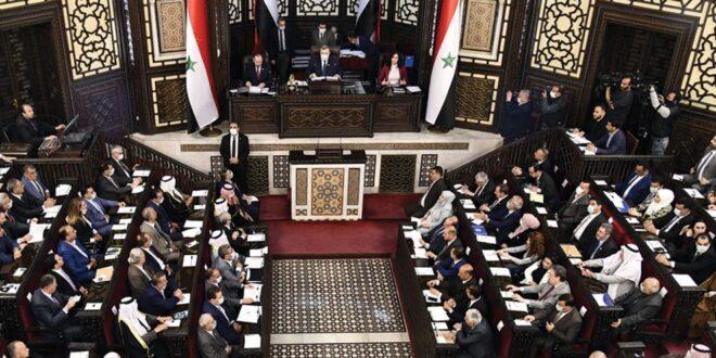 """""""غرفة سرية"""" في مكتب رئيس مجلس الشعب"""