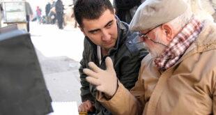 الكاتب والمؤلف رامي كوسا يفتح النار على الفساد والفاسدين في سوريا