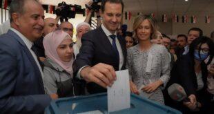 الرئيس الاسد يدلي بصوته في دوما بريف دمشق
