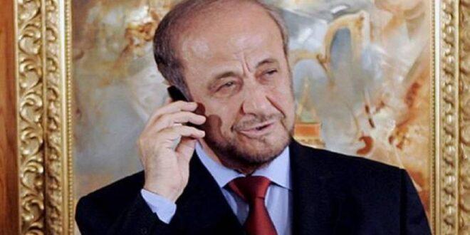 رفعت الأسد ينتخب داخل السفارة السوريّة في باريس.. شاهد!
