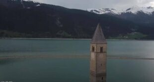من تحت الماء.. فيديو ظهور قرية إيطالية بعد 70 عاما