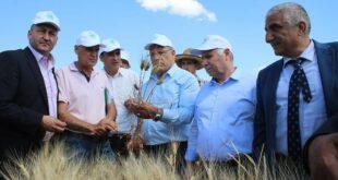 مباحثات سورية روسية لإنتاج 35 ألف جرار زراعي دمرتها الحرب