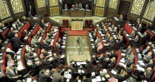 نائب سوري يطالب رئيس الحكومة بالغاء بعض الوزارات