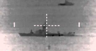 استهداف بارجة اسرائيلية قبالة شواطئ غزة برشقة صاروخية