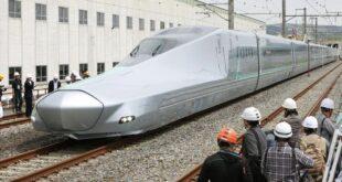 شركة قطارات اليابان تعتذر عن تأخر القطار دقيقة وتفتح تحقيقا